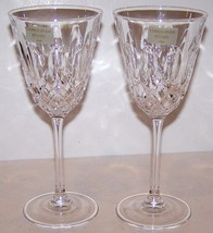 STUNNING CHRISTOPHER STUART CRYSTAL CAMEO PAIR OF WATER GOBLETS WITH LABELS - $19.79