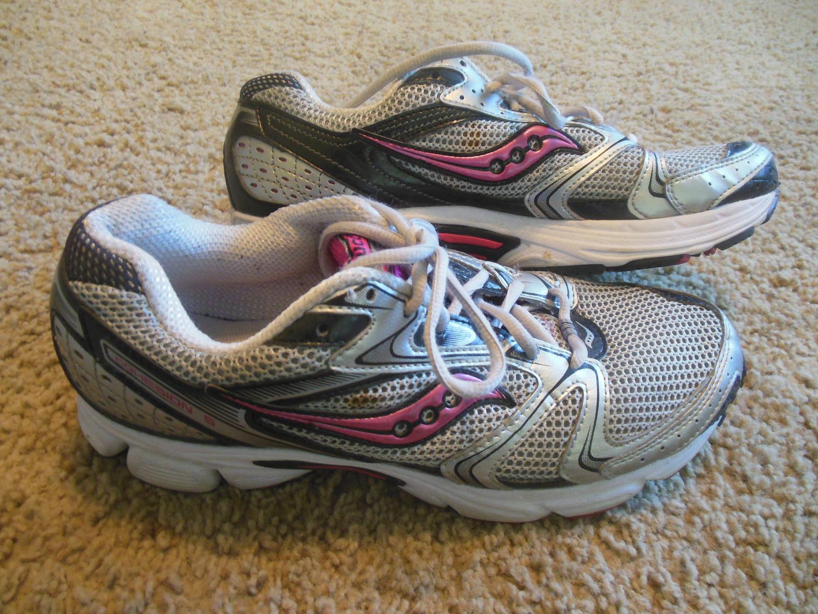 c1360c5d79ca Avia womens Tennis Shoes size 10 Saucony -  17.95