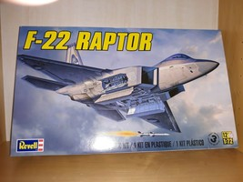 Revell 1:72 Model K it 04559 Lockheed F-22 Raptor Lockheed Martin Level ... - $21.28