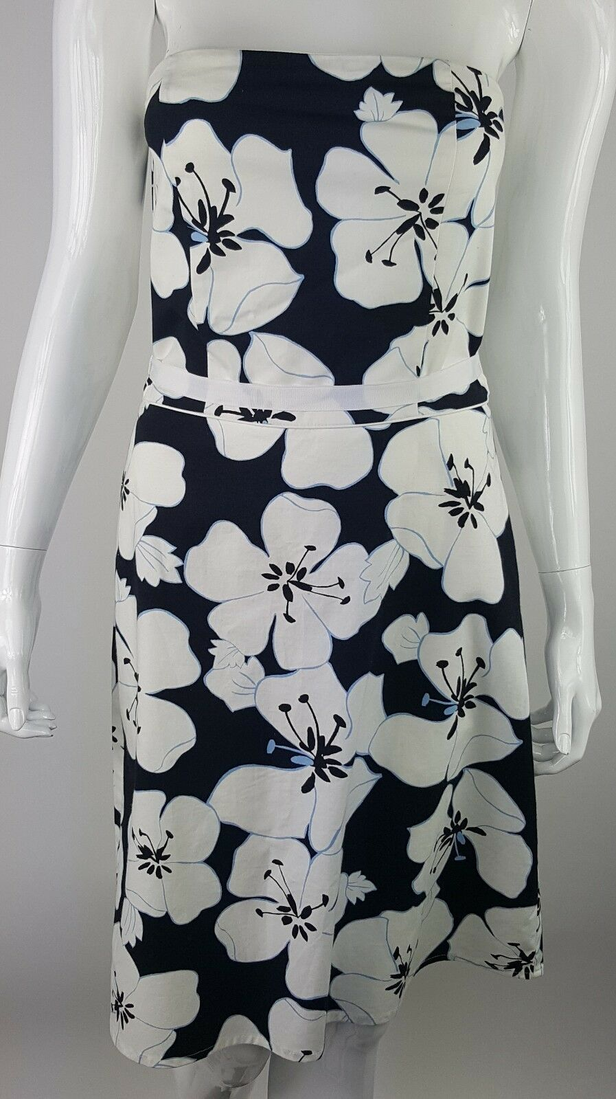 Old Navy Women Size 2 Stretch Black White Blue Floral Tie Waist Strapless Dress