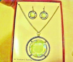 Necklace & Pierced Earrings Faceted Green Medallion Shape New Boxed Set  - $9.85