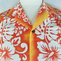 New Royal Creations Aloha Hawaiian Shirt M Orange White Hibiscus Flowers - $24.95