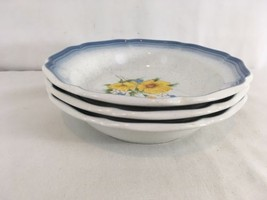 """Mikasa Country Club Amy CA 503 Daisy Flower 8 1/2"""" Soup Cereal Bowl - $8.91"""