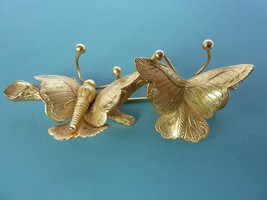 Vintage Signed Giovanni Pin Brooch Butterfly Goldtone - $29.35