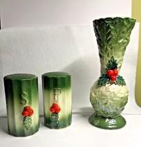 Vtg Lefton Holly Berry Christmas Set Salt Pepper Bud Vase Green Embossed... - $24.95