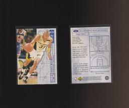 1994-95 Upper Deck Collectors Choice International French #382 - Reggie ... - $1.65