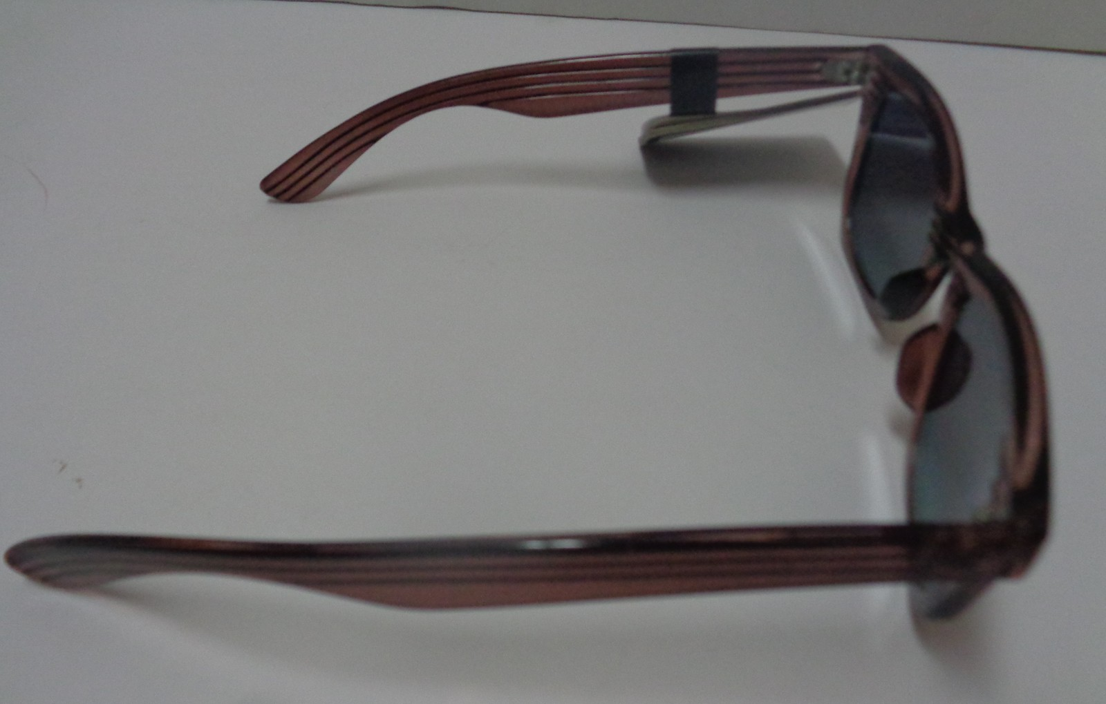 Foster Grant Sunglasses Wood Design Frame Mirrored NWT 100% UVA UVB Protection image 5