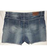 S & P Shorts Misses Ladies Size 31 Stretch Medium Blue Distressed Denim ... - $17.39