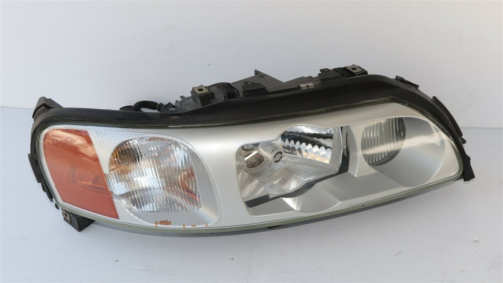 05-07 VOLVO S60R V70R HID Xenon Headlight lamp Passenger Right RH