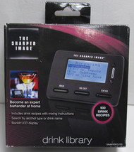 The Sharper Image Bartender at home 500-Recipe Drink Library NEW SEALED - $105,12 MXN