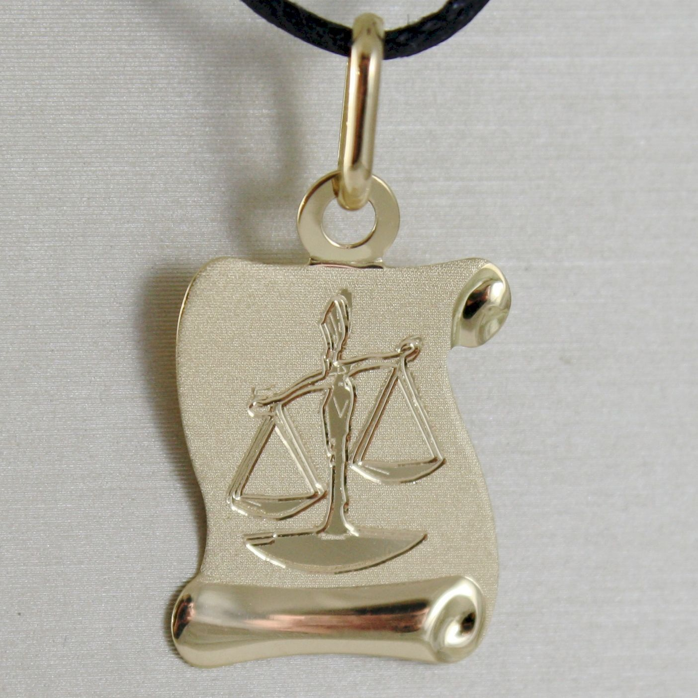 18K YELLOW GOLD ZODIAC SIGN MEDAL, LIBRA, PARCHMENT ENGRAVABLE MADE IN ITALY