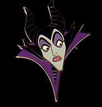 Disney Maleficent Startled Auction Limited Edition on original card Pin/... - $34.99
