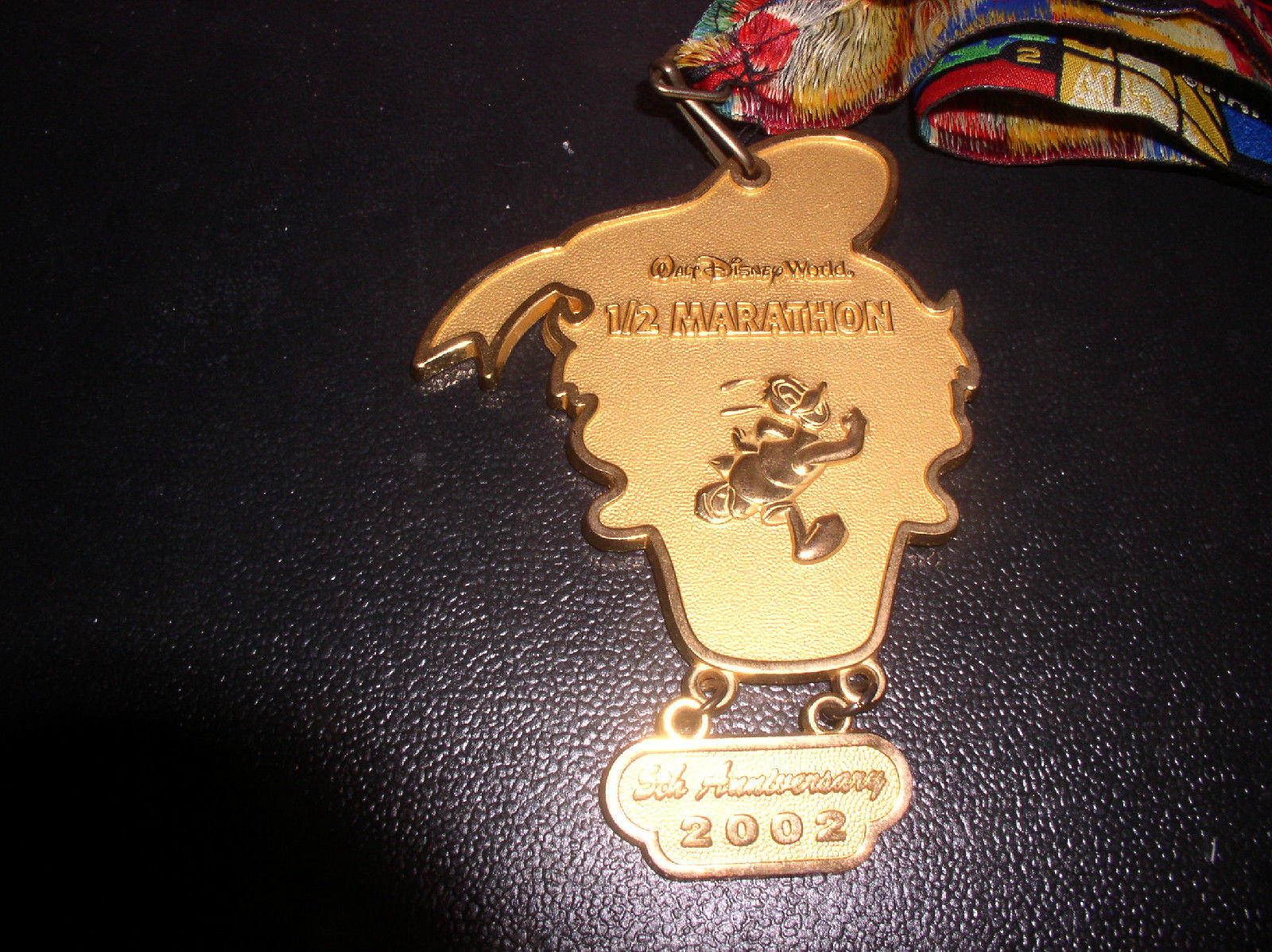 Primary image for Disney WDW  1/2 marathon dated 2002  Donald Duck Dalangle lanyard Pin/Pins