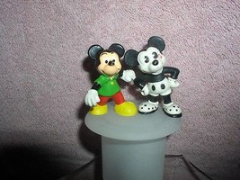 Mickey Mouse  PVC 2 Bullyland and Walt Disney Produtions Figurines - $19.33