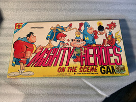 Vintage 1966 Transogram Mighty Heroes on the scene game #3806 terrytoons - $349.99