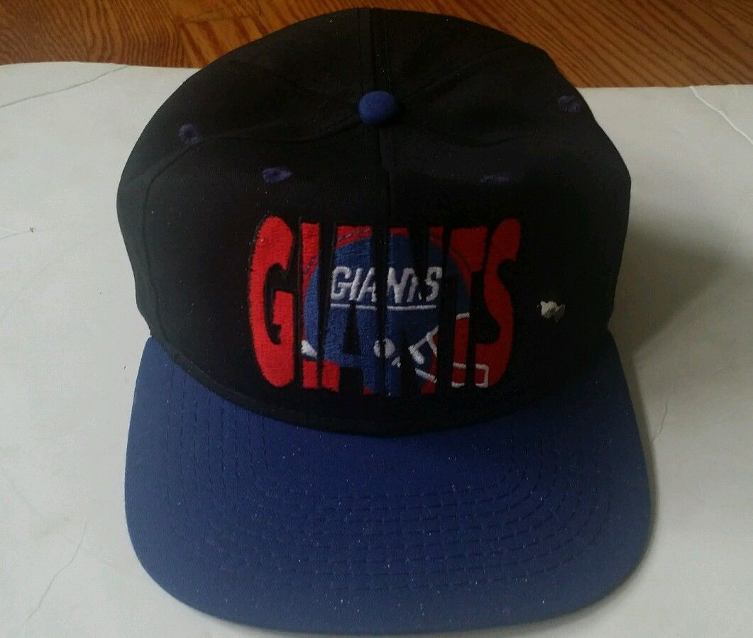 05380d15a1f67 Vintage NFL New York Giants snapback hat cap and 50 similar items. S l1600