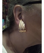 VINTAGE CLIP BUTTON GOLDTONE EARRINGS ROUNDED SCULPTED SWIRLS W/ TEXTURE... - $30.00