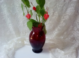 Vintage Ruby Red Glass Vase Anchor Hocking Depression Era True Red Glass Home Ga - $28.00