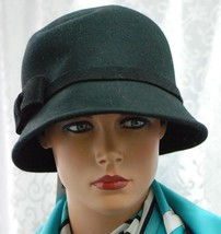 August Accessories Bow Classics Cloche Black Wool Hat NEW - $14.55