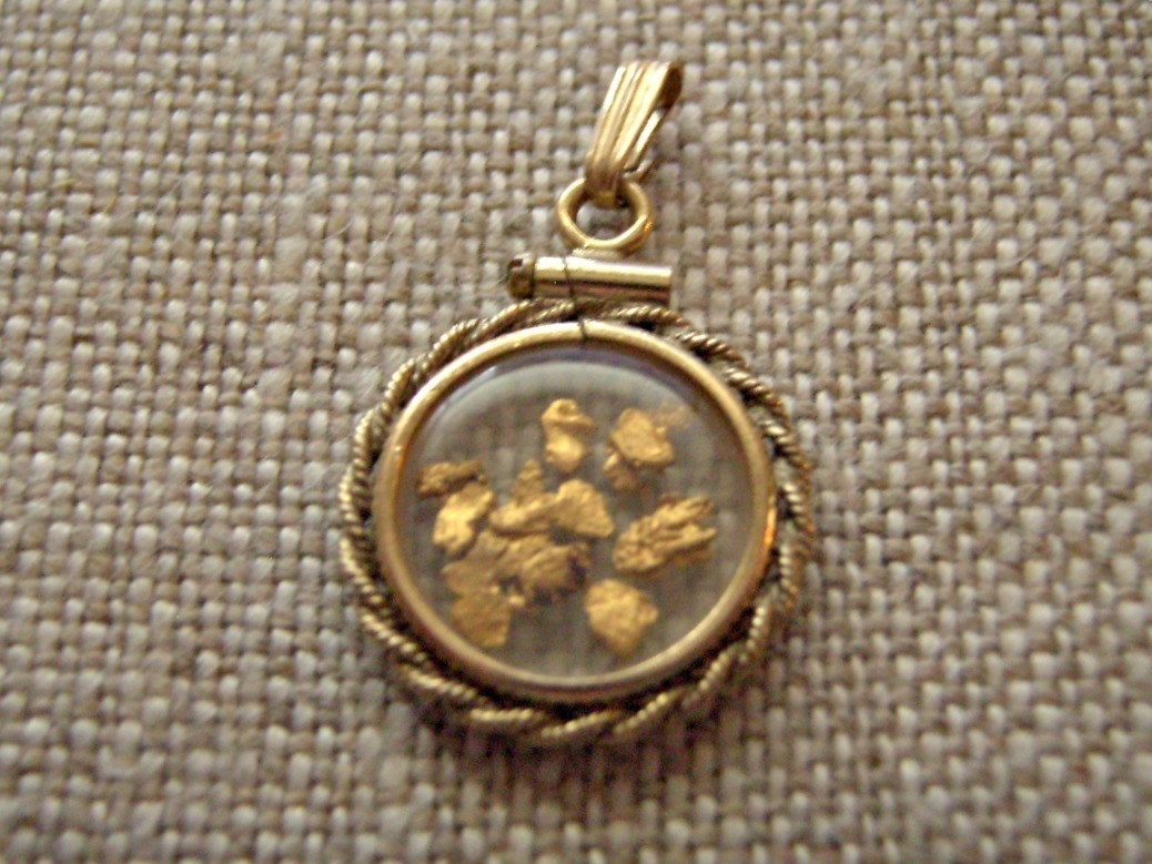 Natural Gold Nugget Pendant Floating Placer Gold Nuggets ...