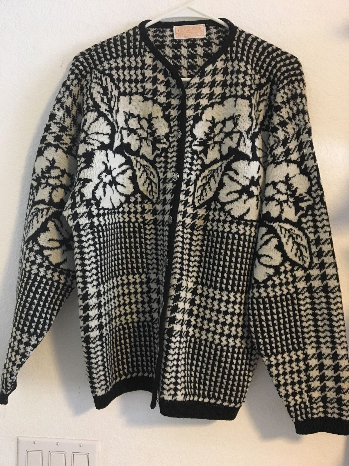 cf47ec092 Pendleton Sweater Button Front Women's Size and 50 similar items