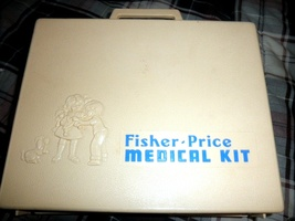 Fishers Price  Medical  Kit  (Vintage 1977) - $16.95