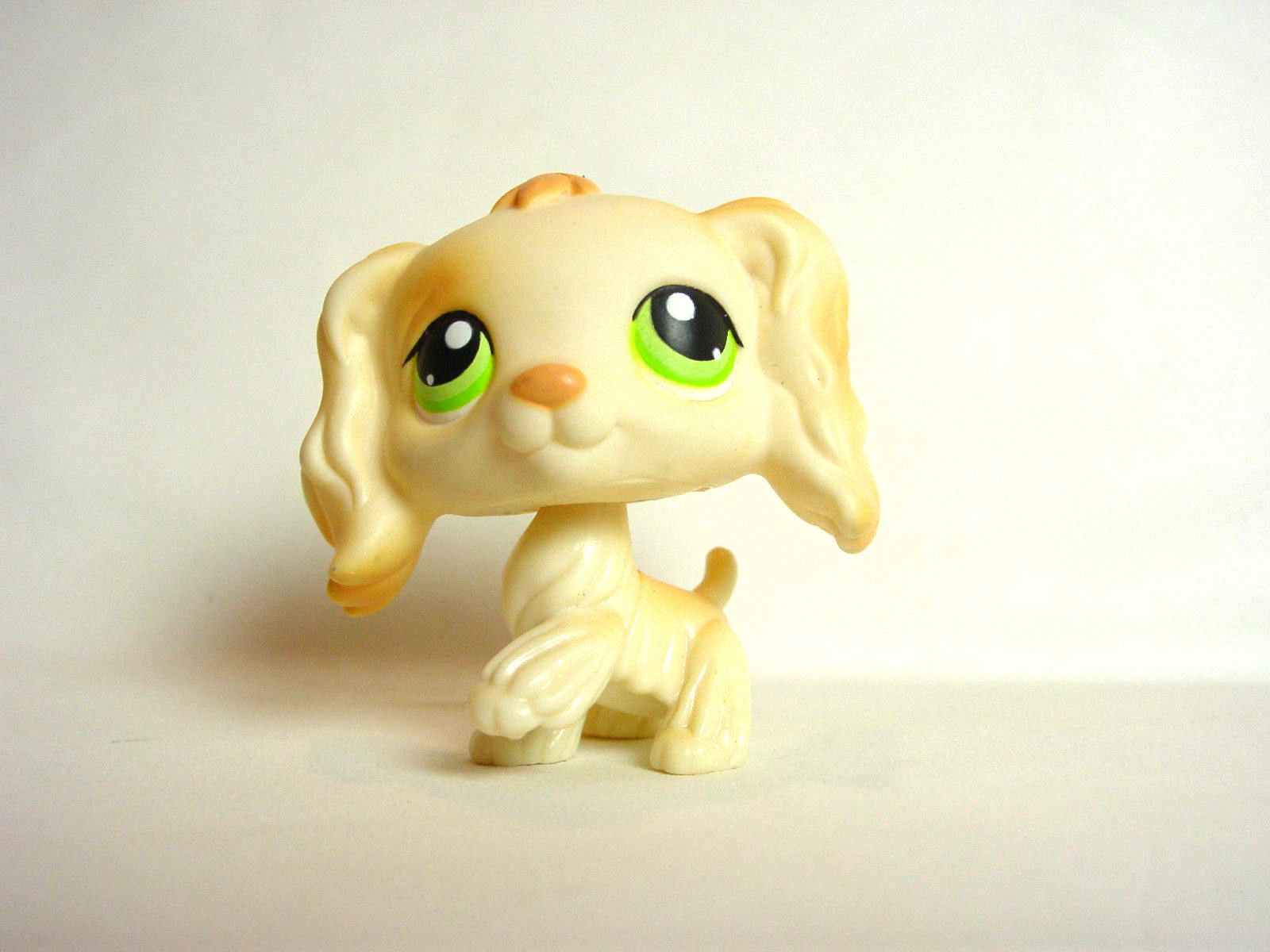 Littlest Pet Shop Dog Cocker Spaniel 347 Beige Tan Green Eyes Puppy
