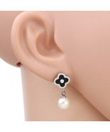 UE- Trendy Silver Tone Designer Post Earrings With Faux Onyx Clover & Dr... - $15.99