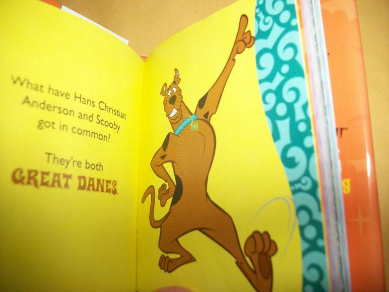 Scooby Doo Holiday Book Mini Halloween Tricks & Treats TV Cartoon Hardcover Fun