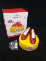 Hallmark 2016 Wizard of Oz Ruby Slippers Ornament Magic Features Light - $9.89