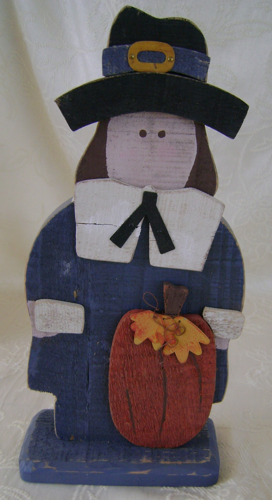 Thanksgiving Pilgrim Couple, Distressed Wood Table Top or Decoration