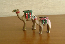 Vintage Hand Carved Wooden Camels - $21.00
