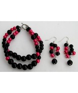 Gorgeous Magenta Black Pearls Bracelet Earrings... - $15.98