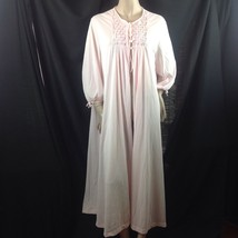 Vtg 1960s Tricot Nylon Pink Robe Smocked Front Pearlized Buttons Large USA - $34.65