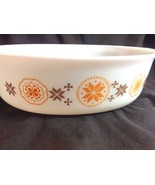 Town & Country Pyrex Glass 2.5 Qt Casserole Dish Oval 6 Point Star Brown Orange - $29.21