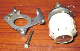 Singer Touch & Sew 648 Thread Tensioner Assembly Complete w Thread Guide - $12.50