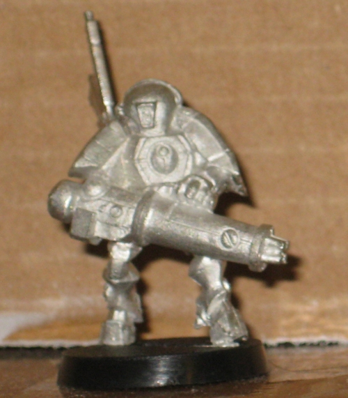 * Warhammer 40,000 Tau XV15 Stealth Suit Games Workshop OOP Metal