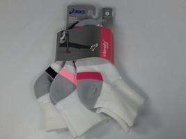 Asics Intensity Quarter 3 Pairs of White Socks S Small Women's Size 6-7.5