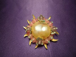 Rare Marvella Gold Tone Faux Mabe Pearl Pink Lavender Abstract Brooch Pin - $22.28