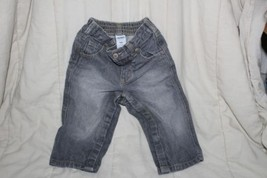 Baby Infant boy OLD NAVY BLUE DENIM JEANS Pants GUC 12 to 18 months  - $7.87