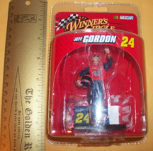 Racing Nascar Action Figure Jeff Gordon #24 Dupont Car Mini Winners Circle Toy - $4.74