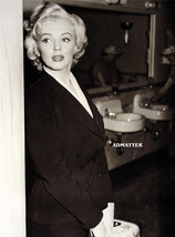 Marilyn Monroe 2 Sided Pin Up Poster Candid Photo Plus Nbc Studio Pic On Back! - $6.92
