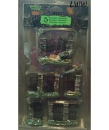 Lemax Spooky Town Spooky Iron Gate And Fence Set of 5 Halloween Haunted ... - $14.99