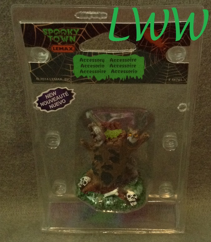 Halloween Lemax Spooky Town Village Spooky Tree Stump Accessory Figure