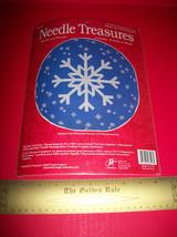 Craft Holiday Needle Treasures Kit Snowflake Pillow Christmas Cross Stit... - $28.49