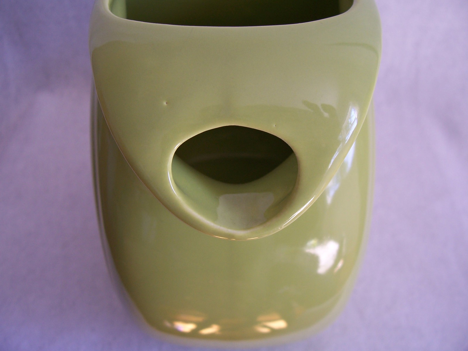 Vintage Fiestaware Chartreuse Large Disk Water Pitcher Fiest