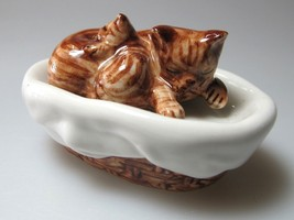 Handmade Miniatures Collectible Ceramic Porcelain Cat Sleeping w/Basket ... - $5.25