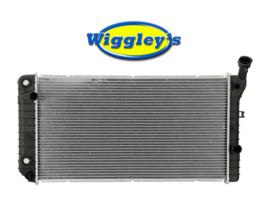 RADIATOR GM3010209 FOR 88 89 90 91 92 93 BUICK PONTIAC CHEVY OLDSMOBILE L4 V6 image 1