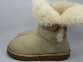 UGG Australia Bailey Button Beige / Tan Boots Size 9 M (B) EU 40  Model 5803 - $78.16