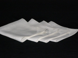 Beautiful Vintage White Napkins (4) Cotton with One Knoted Lace Corner 1950's - $12.85